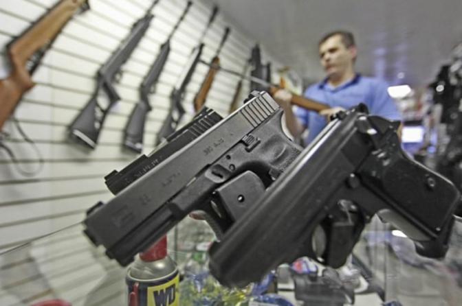 Porte de armas: juristas consideram inconstitucional o novo decreto