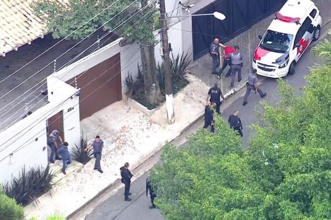 Mais um Delegado da PF é baleado e morto neste país; suspeitos são presos