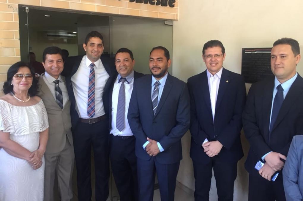 Delegado Assis Ramos recebe título de Cidadão Timonense