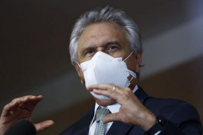 Governador de Goiás anuncia vacina para policiais civis, militares e federais, além de bombeiros e guardas