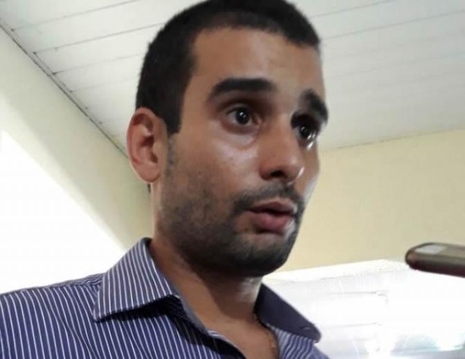 """""""Só não meti a mão na cara do delegado porque ele está armado"""", diz advogado autuado por desacato"""