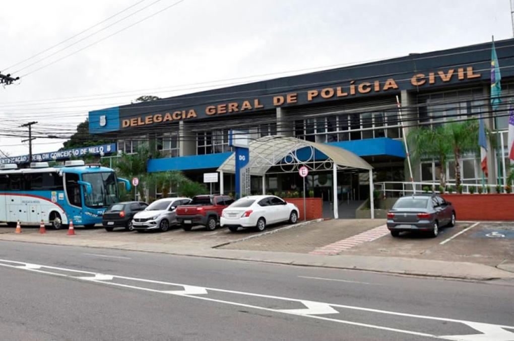 Governo do Amazonas quer colocar comissários de polícia em cargos vagos de delegados
