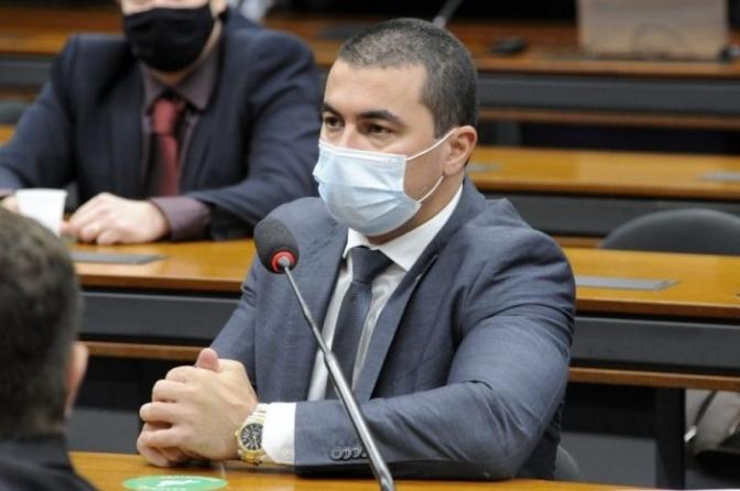 Comissão aprova proposta que amplia atribuições de delegado na proteção a vítimas e testemunhas