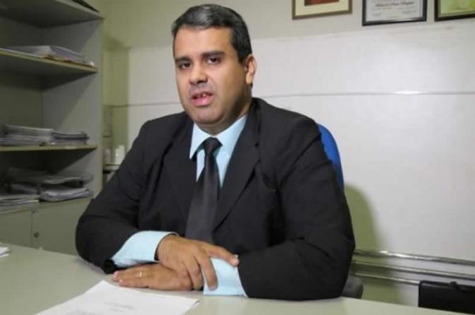 Justiça manda irmãos se retratarem após ataques a delegado de polícia do Maranhão
