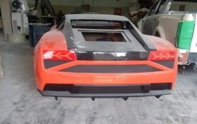 Polícia Civil de SP descobre fábrica de Ferraris e Lamborghinis falsas