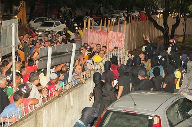 Em meio a motim de PMs, Ceará tem 29 homicídios em 24 horas; média diária é de 6