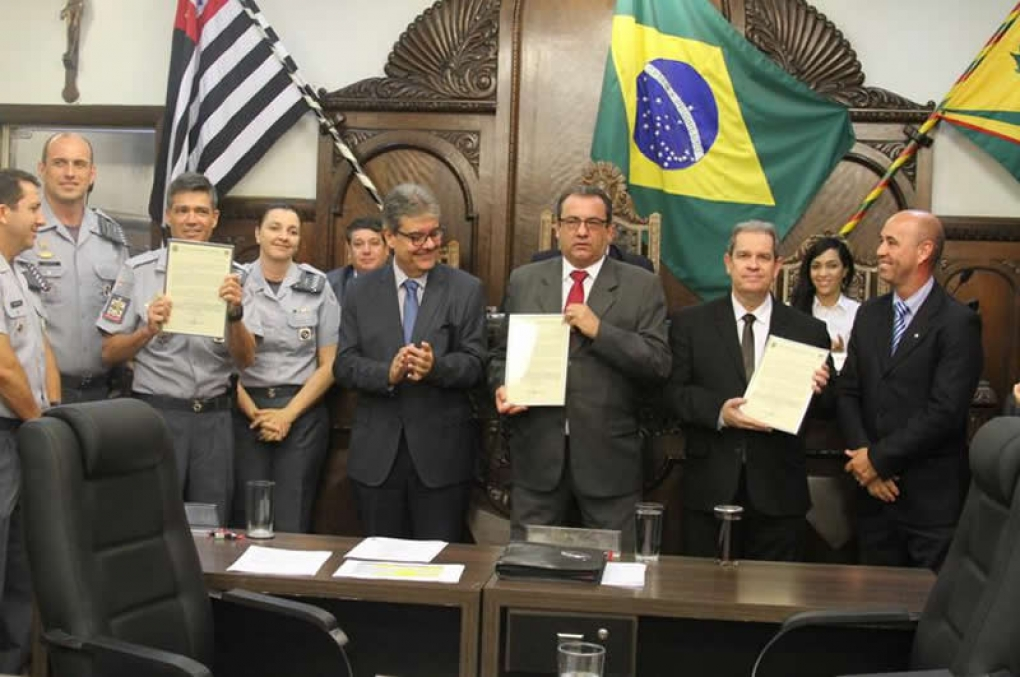 Câmara Municipal de Bauru reconhece resultados do trabalho das polícias Civil e Militar