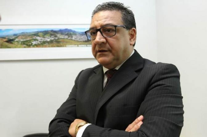Vigarista usa foto de delegado-chefe da Polícia Civil para aplicar golpe