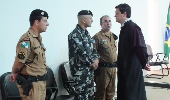Aprovado foro privilegiado a militar que cometer crime contra civil