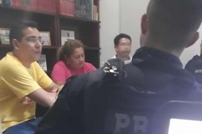 PRF interroga, ilegalmente, professores que organizam atos antes de Bolsonaro ir ao AM