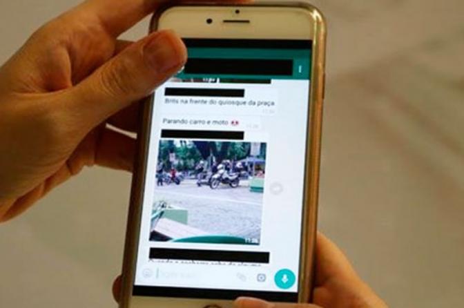 Homem é preso após avisar sobre blitz policial pelo WhatsApp