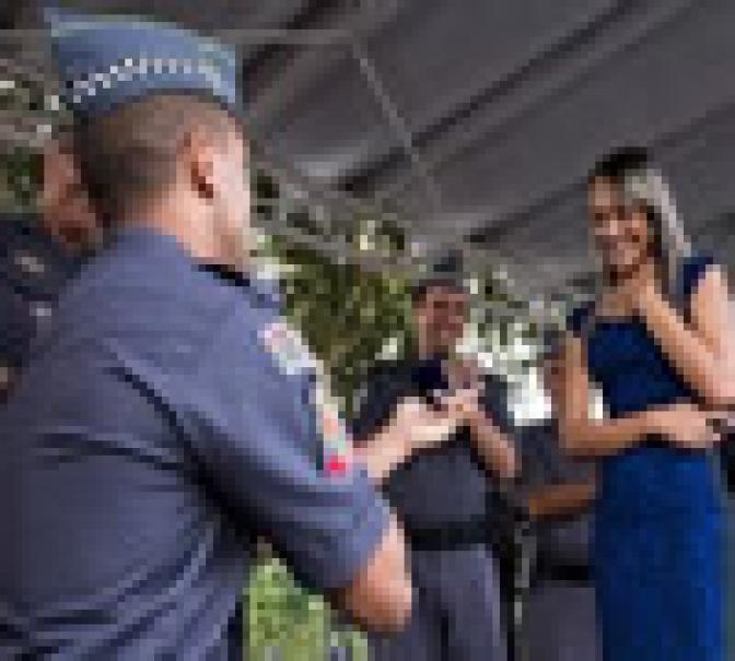 7 Regras para namorar um policial!