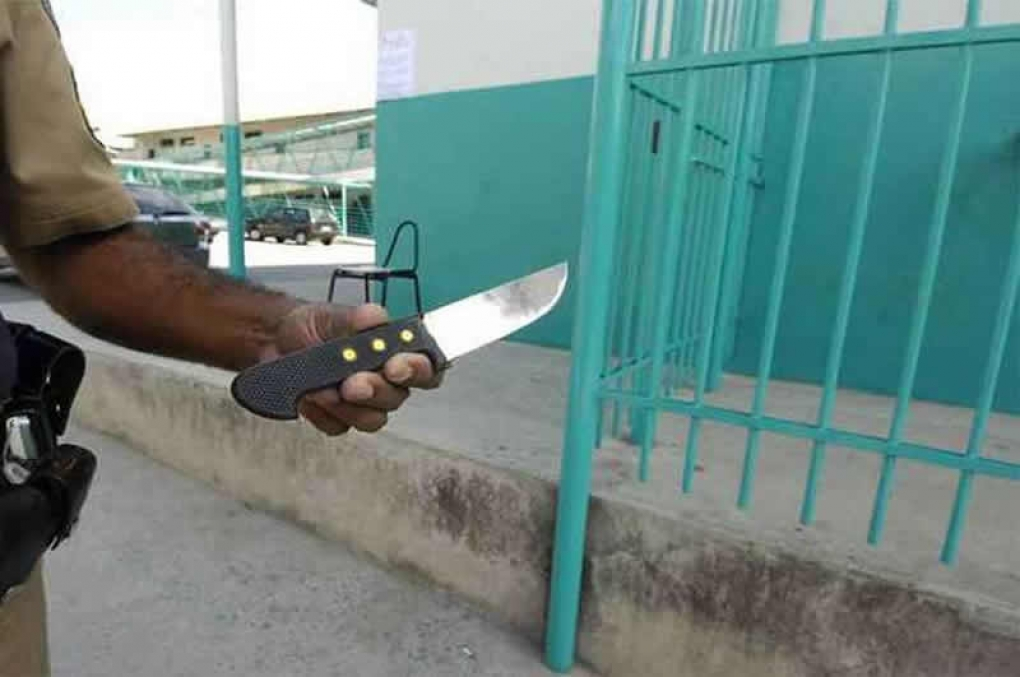 Despacho para lavratura de TCO de porte de 'arma branca': faca, punhal e outros