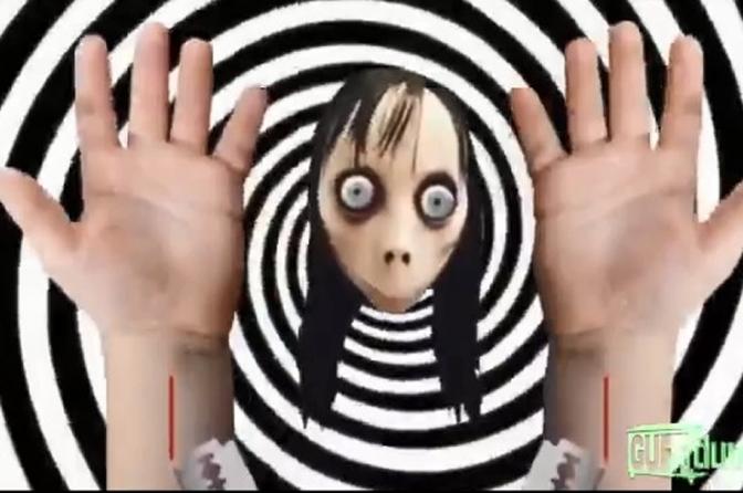 Momo aparece em vídeos de slime do YouTube Kids e ensina as crianças a se suicidarem