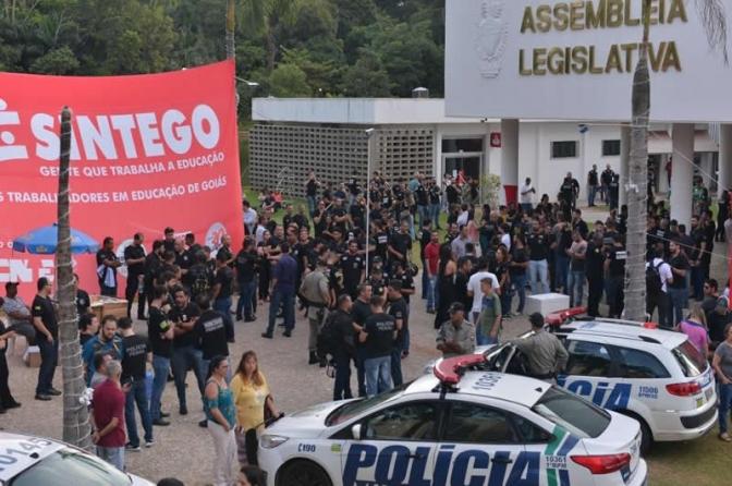 Polícia Civil consegue regime especial de previdência e retira indicativo de greve em Goiás