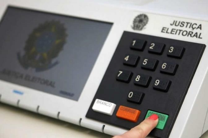 Acesse o assistente virtual para auxiliar nas suas dúvidas sobre ciber e eleições!