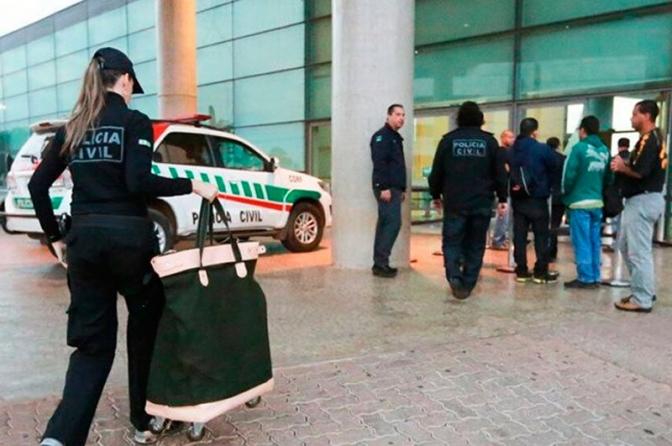Governador do DF sanciona lei que cria serviço voluntário na Polícia Civil