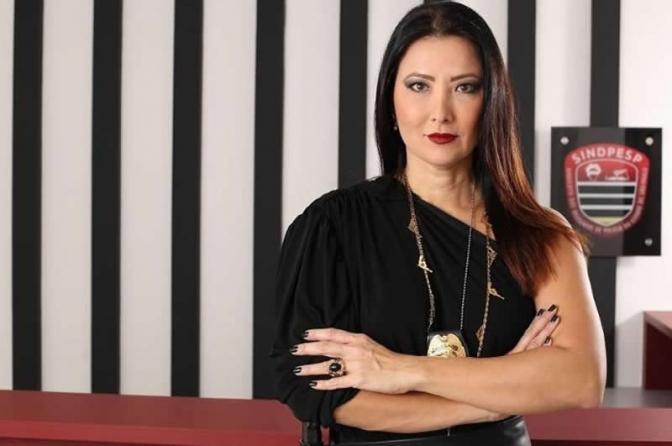 Ela representa os delegados de polícia de SP, mas sofre com machismo