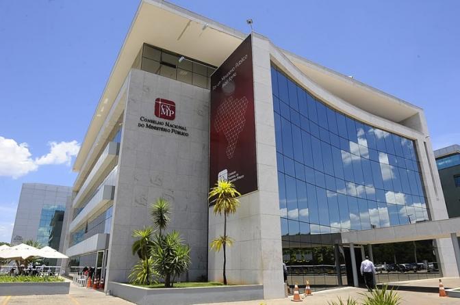 Ministério Público autoriza que investigado se livre de processo