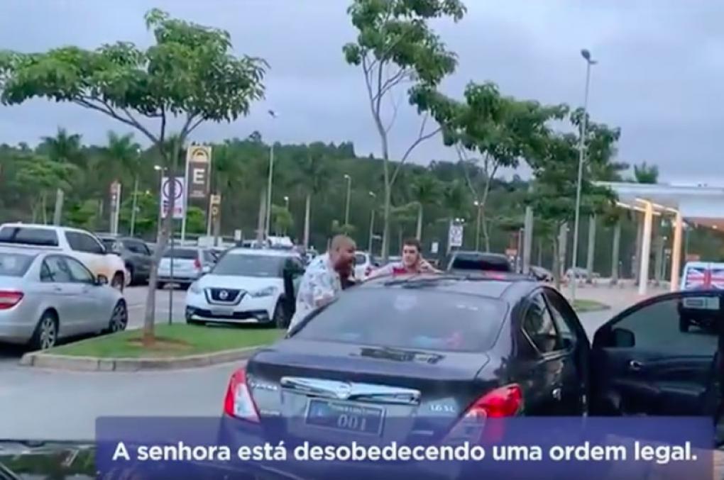 Prefeita vai de carro oficial passear no shopping, é detida por policial mas ele quem acaba preso
