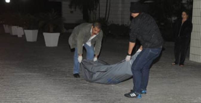 Mulher processa homem que contratou para matá-la, mas não cumpriu trato