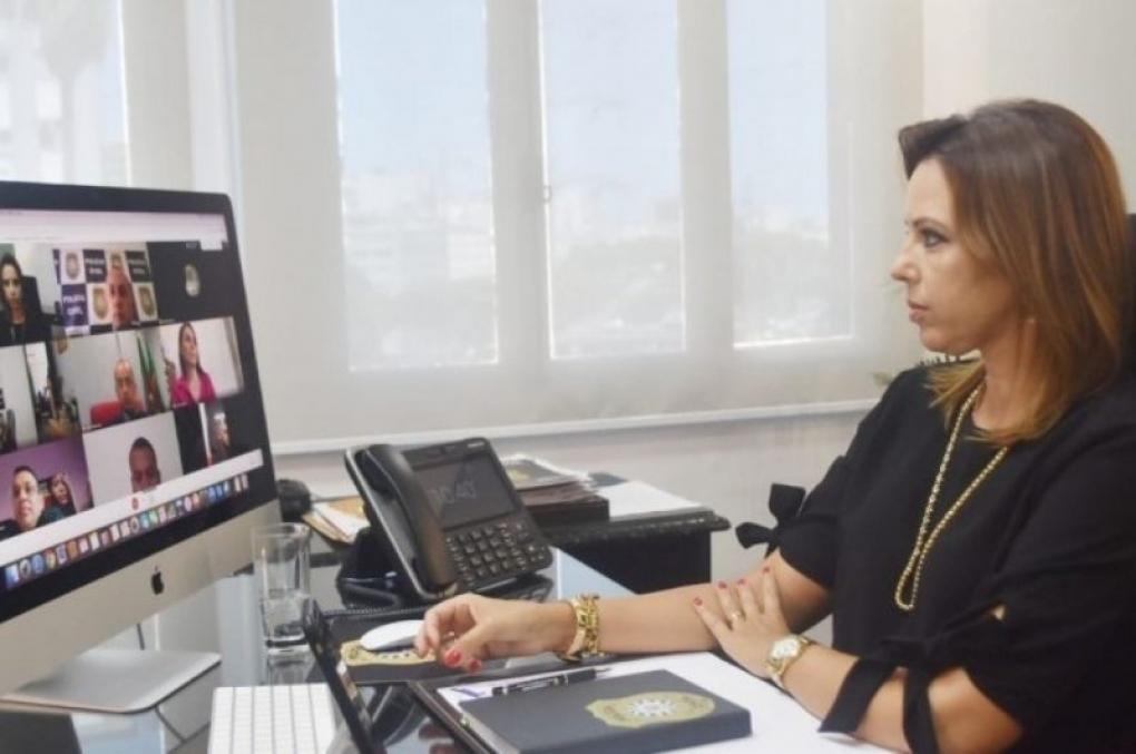 Chefe de Polícia Civil do RS tem reunião virtual com os novos delegados da instituição