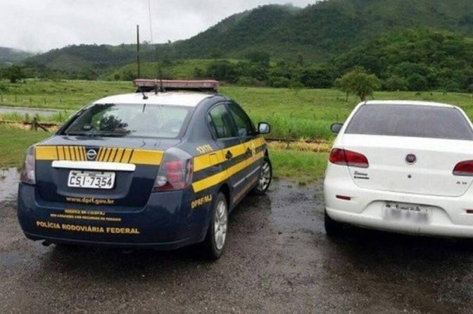 Viatura da Polícia Civil é apreendida pela PRF na BR 316