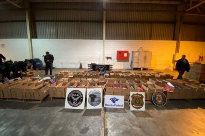 PF faz a maior apreensão de cocaína da história do RJ; 5 toneladas da droga estavam em contêineres no porto