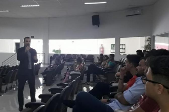 Joaquim Leitão ministra palestra sobre a importância da Polícia Judiciária no combate a corrupção