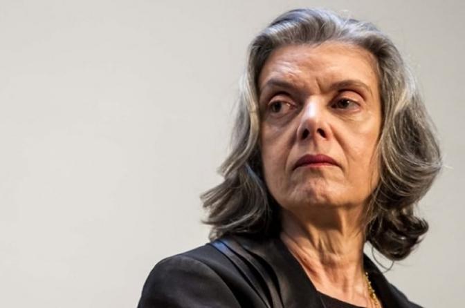Cármen Lúcia anuncia que STF julgará nesta quinta pedido para evitar prisão de Lula