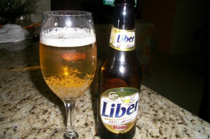 Beber cerveja 'sem álcool' poderá ou não incriminar o motorista em blitz
