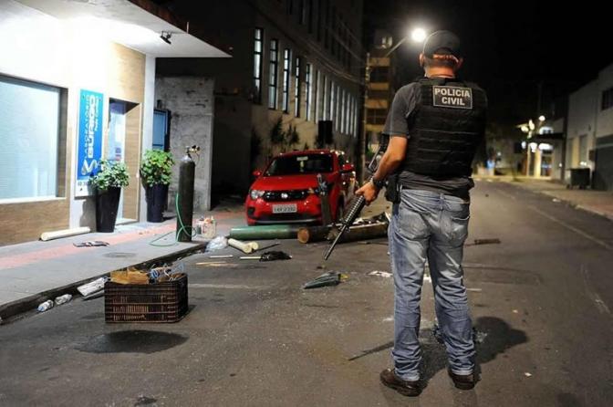 Promotor quer saber sobre a ausência de confronto e por que as polícias não previram o roubo em Criciúma!