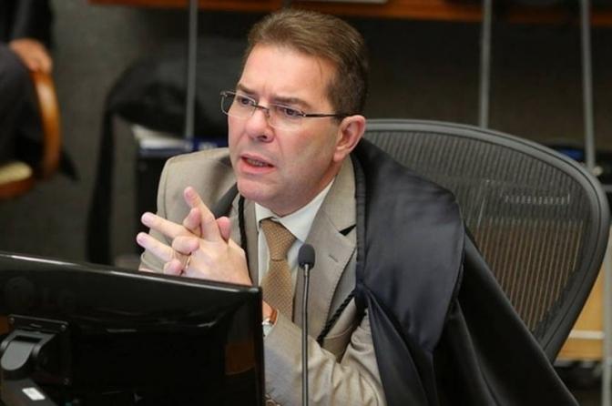 Suspeição de delegado que atuou na investigação não basta para anular ação