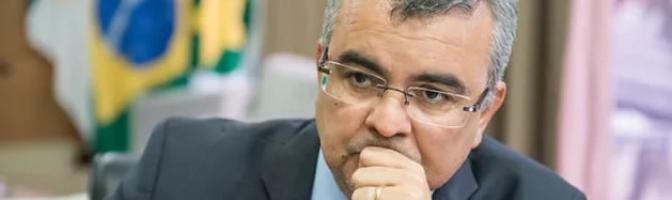 Ex-secretário deu números de ex-amante, jornalista e servidora para serem interceptados, diz delegada