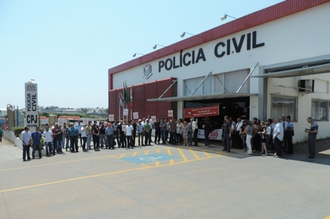 PM fica estável e Polícia Civil de SP perde 3 mil policiais na gestão Alckmin