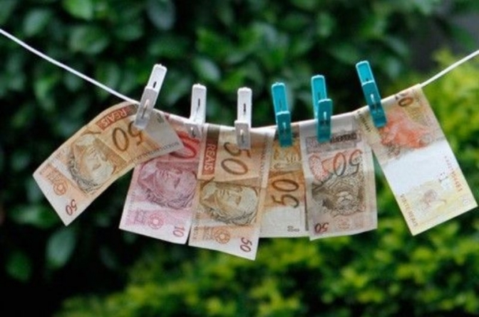 STJ divulga 10 teses sobre lavagem de dinheiro