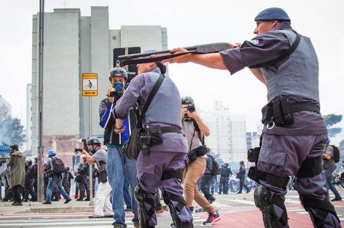 """Policiais que matarem terão os """"melhores advogados"""", afirma governador eleito de SP"""