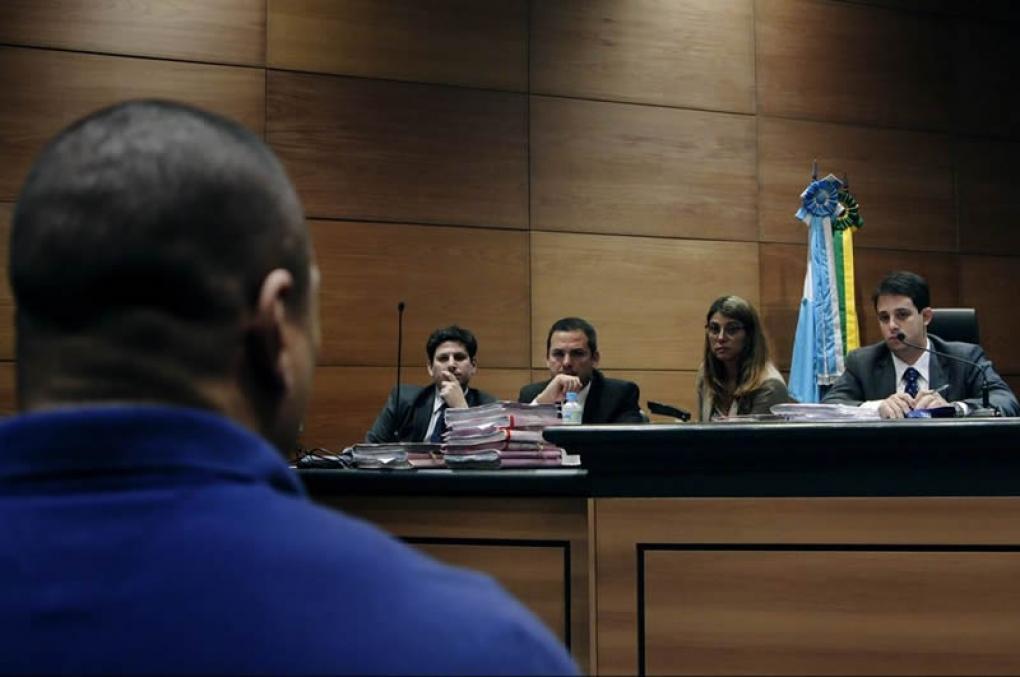 Filme 'Auto de Resistência' mitiga ainda mais o trabalho da polícia