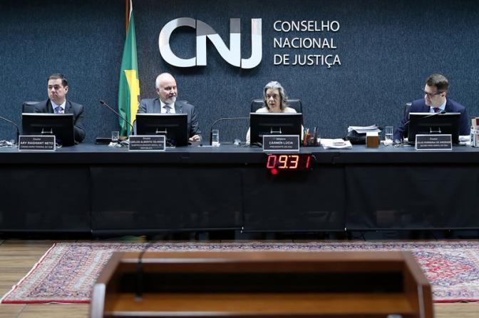 Cópia de CNJ proíbe Polícia Militar de fazer TCO!