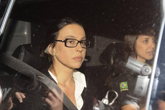 Adriana Ancelmo utiliza conta bloqueada e pode voltar a ser presa