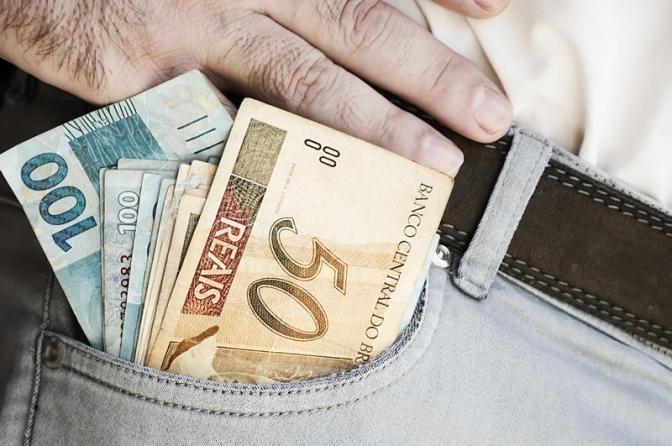 Salário mínimo será de R$ 1.040 em 2020