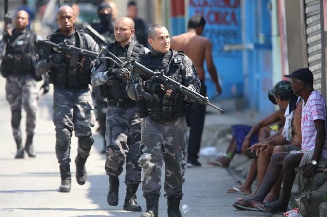Governo propõe isentar policiais e militares de punição em operações