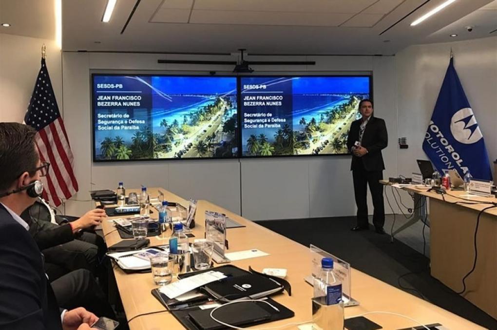 Secretário Jean Nunes profere palestra em Chicago sobre tecnologia de comunicação digital