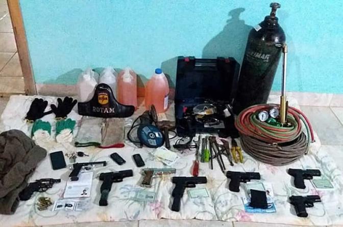 Polícia frustra plano de assalto a banco e mata sete suspeitos em Goiás