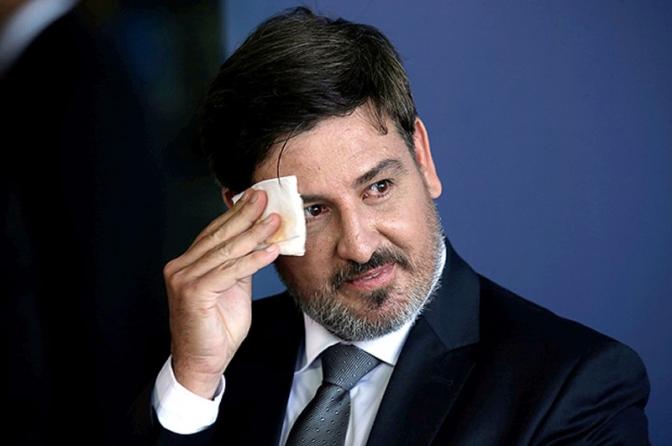 Segovia negocia idade mínima para aposentadoria de policiais federais