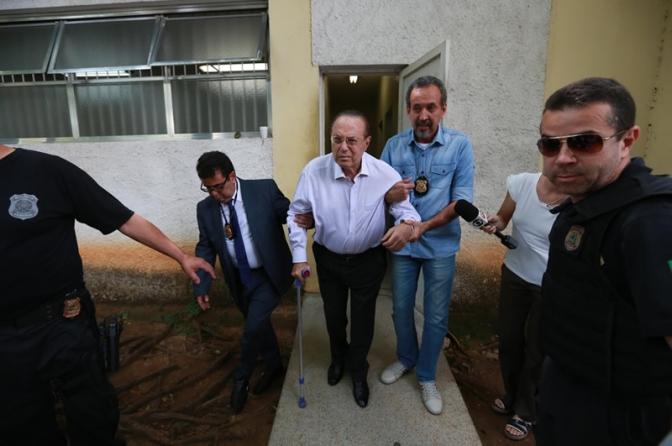 Maluf vai cumprir pena em ala para idosos em presídio de Brasília