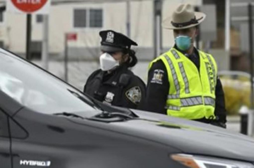 Mais de 500 policiais de Nova York testam positivo e outros 3 mil estão com sintomas do Coronavírus