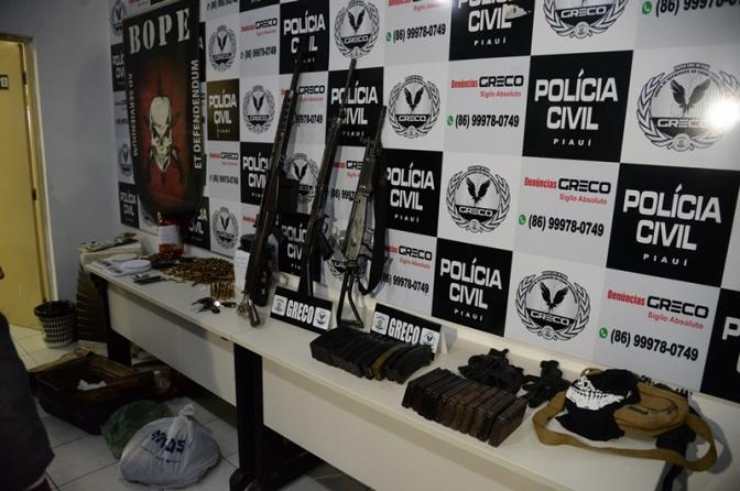 Polícia Civil do PI apreende fuzil .50, munições e drogas