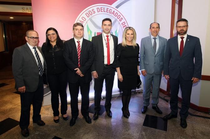 Carta de Foz de Iguaçu. III Encontro Jurídico dos Delegados do Paraná