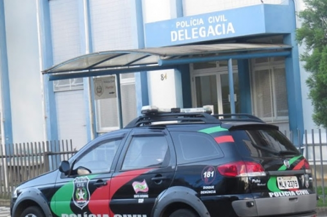 Homem é espancado por 7 namoradas e quase morre em Santa Catarina